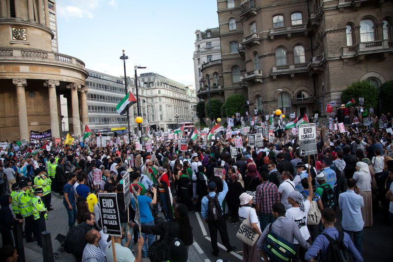 The War in Gaza comes to London: what a mess